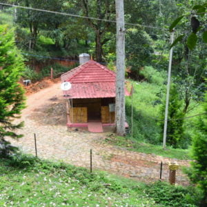 Kodai Vel Farms Resort Kodaikanal - Thandikudi - Wood House and Hut House